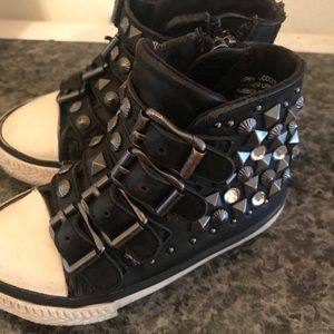 Ash viper studded black high tops
